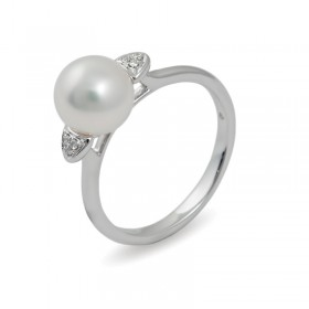 Ring in white gold 750 with Akoya sea pearls and diamonds