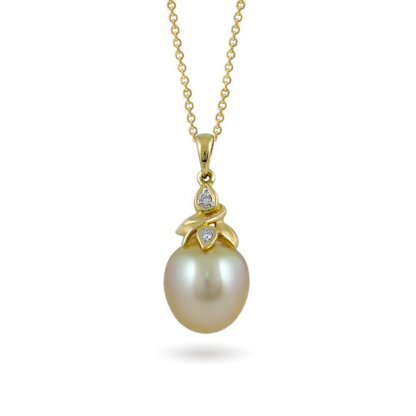 Sterling gold pendant 585 with sea pearls and diamonds
