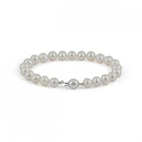 White pearl bracelet with amulet (charmik)