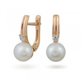 Earrings from 14 karat gold with natural pearls