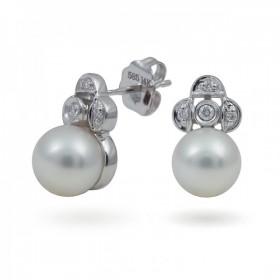 Earrings in 14 karat gold with Akoya sea pearls and diamonds