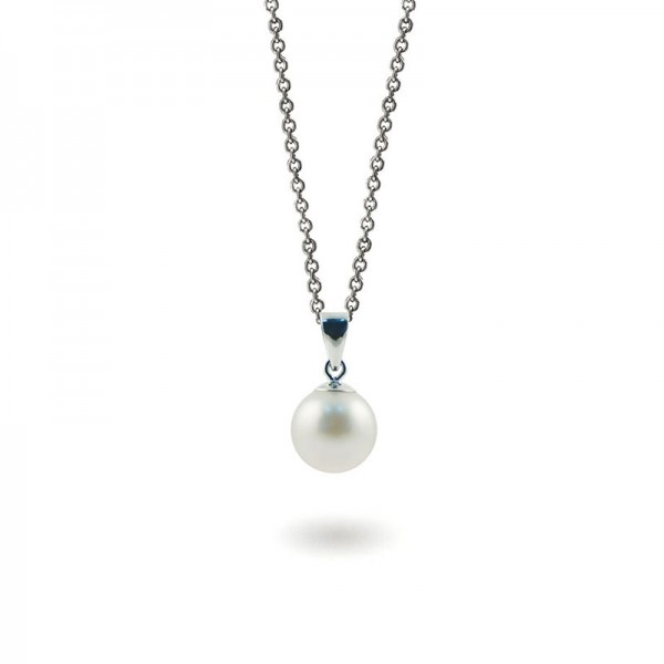 Pendant with Akoy pearls and diamonds