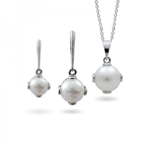 A set of 925 sterling silver with freshwater pearl inserts