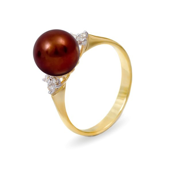 Ring from 14 karat gold with natural pearls and diamonds