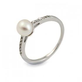 Кольцо из серебра 925 пробы с натуральным жемчугом