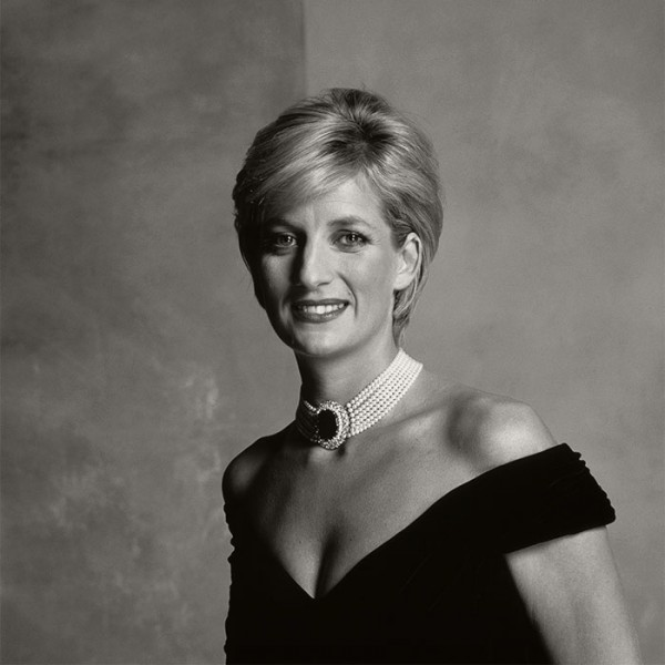 Famous pearl lovers. Princess Diana.